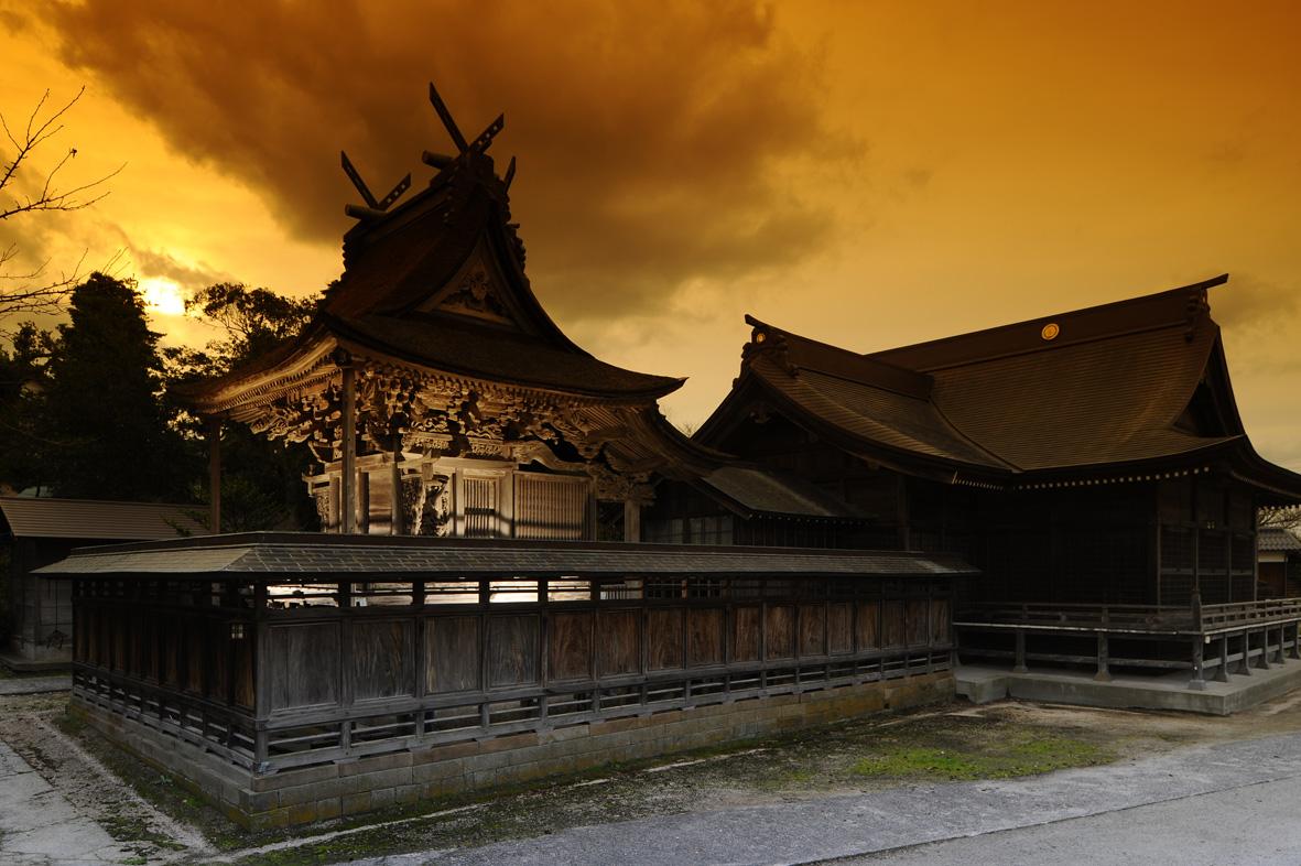 夕暮れの神崎神社